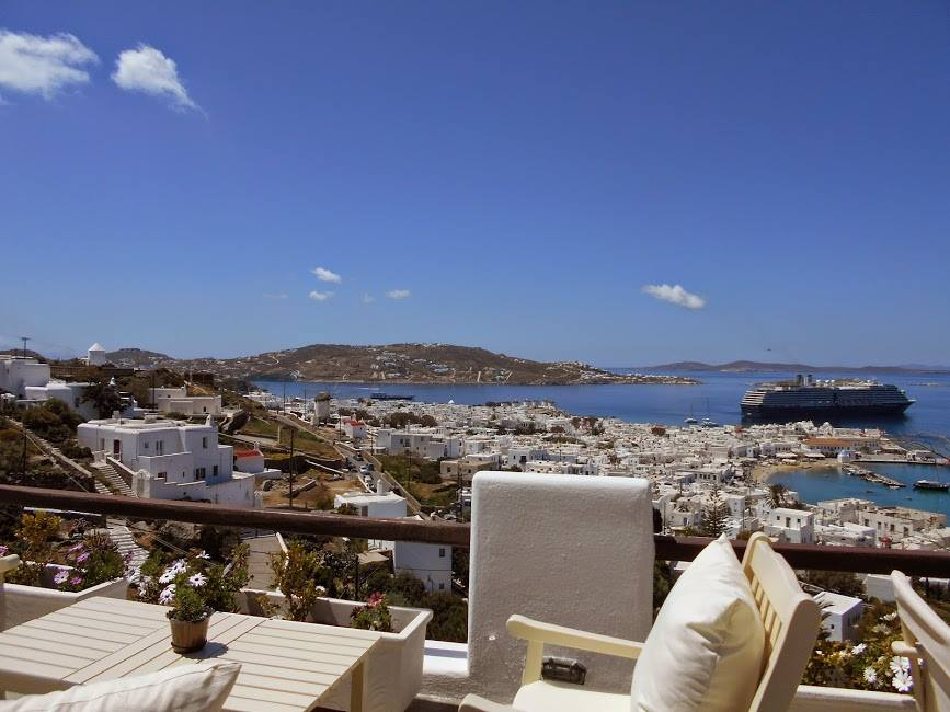 laveranda of mykonos view